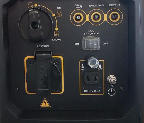 Контролно табло на инверторен генератор CIMEX P2000i